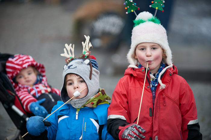 Children Enjoying Toasted Marshmallows with Logie Primary School at Logie Steading Christmas Market