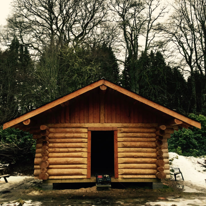 Canadian Log Cabin built of Logie Timber by Ewen Manson