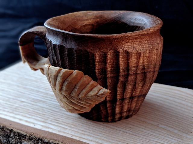 Wooden Tom handmade wooden household items