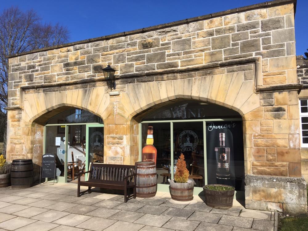 Logie whisky shop outside